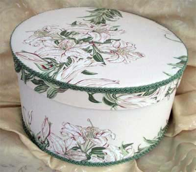 Laura Ashley Tiger Lily Hat Box